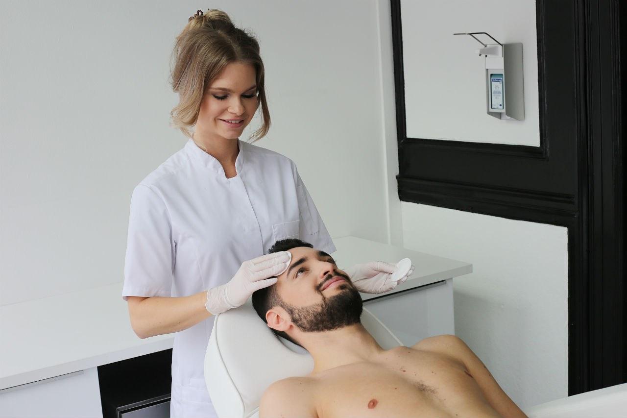 pigmentvlekken behandeling refleqt clinic haarlem